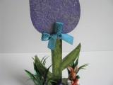 Blume | Holz in flieder -  grau als Osterdekoration